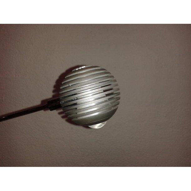 Globu LED bordlampe silver (Udstillingsmodel)