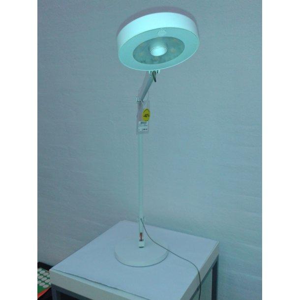 String T1 bordlampe (Udstillingsmodel)