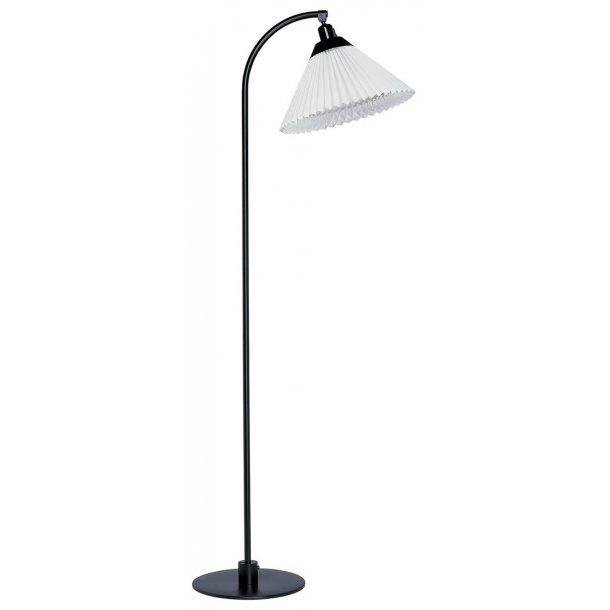 LE KLINT model 368 gulvlampe