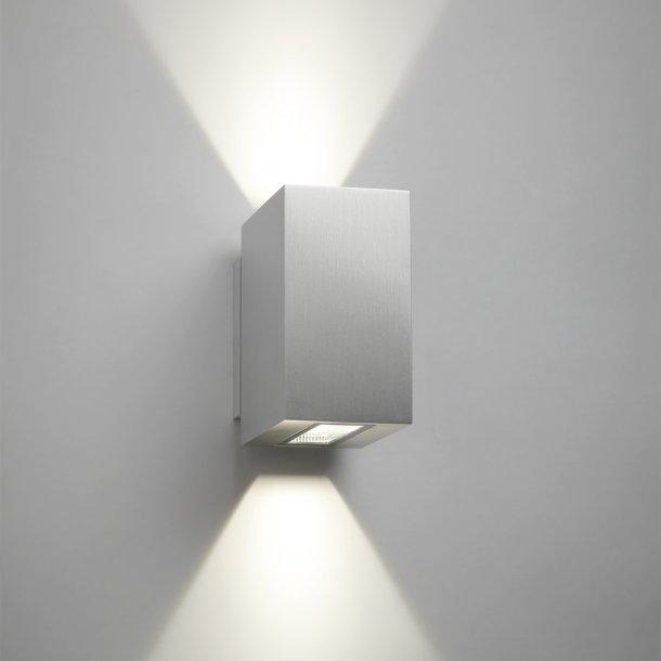 Arc up/down LED væglampe (UDGÅET)
