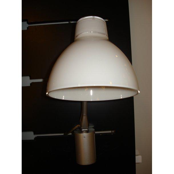 Colors væglampe i hvid (Udstillingsmodel)