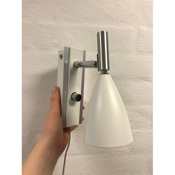Frank væglampe hvid (udstillingsmodel)