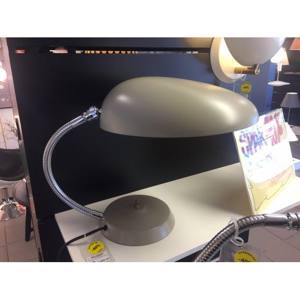 Grossman Cobra bordlampe i varm grå (Udstillings-model)