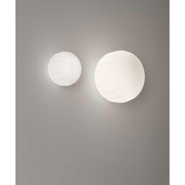 Lita væg/loftlampe