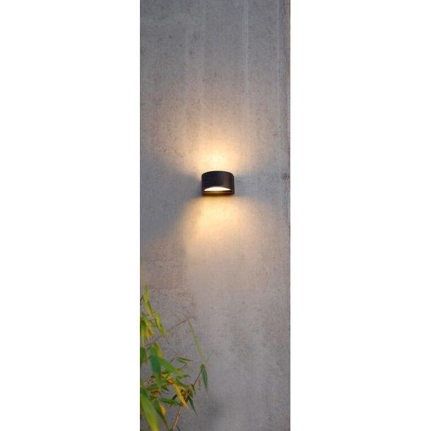 Petit væglampe sort (Udstillingsmodel)